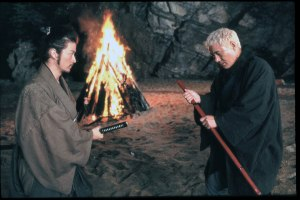 Zatoichi-prepares-for-battle